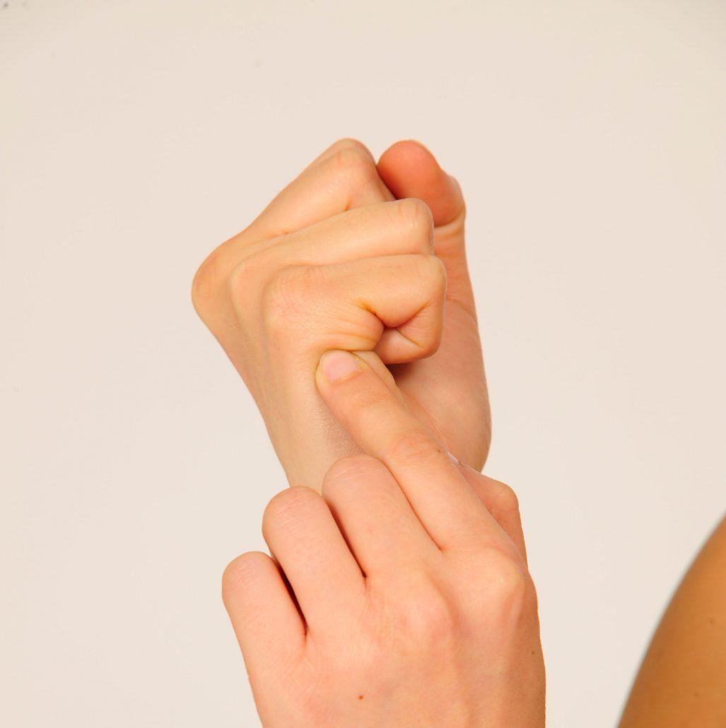 Acupressure : Pour les douleurs du cou et le découragement ...